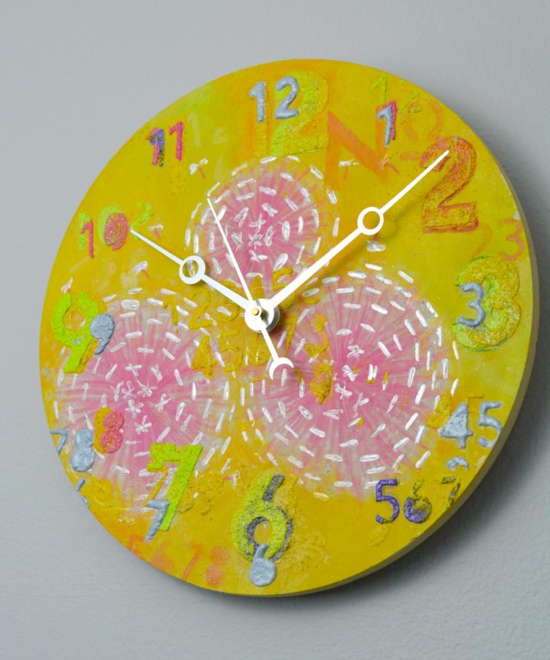 Floral Clock Banana Yellow 3