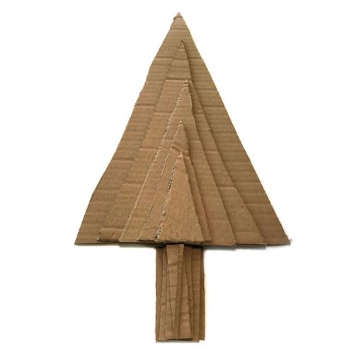 Gelatos-cardboard-christmas-tree-decor-carolyn-dube-1a