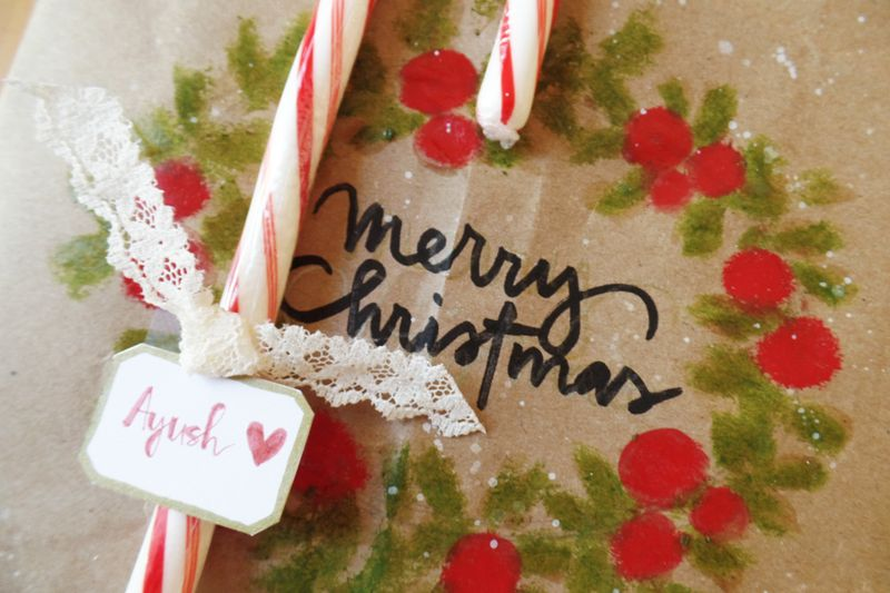 FCDecember2014_GiftWrappingTutorial_Step7_MouS