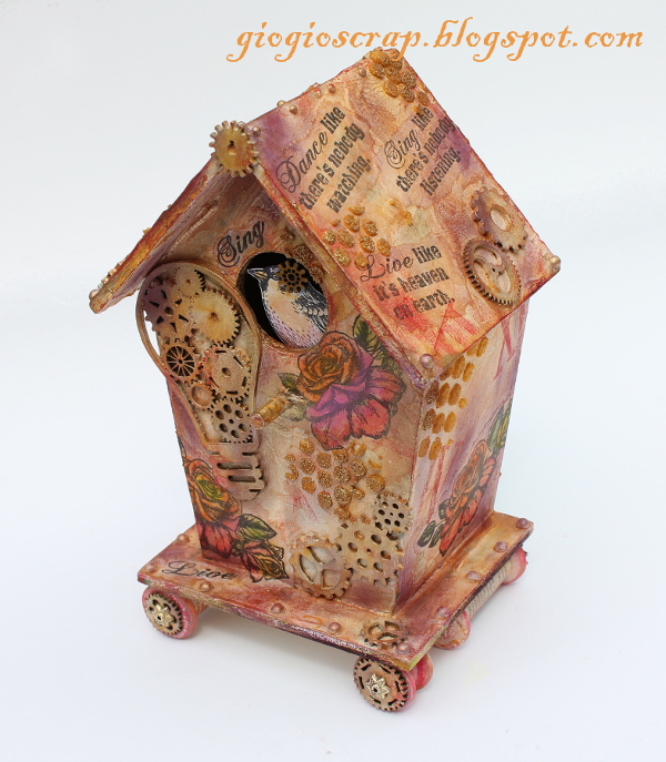 Giozara_birdhouse1